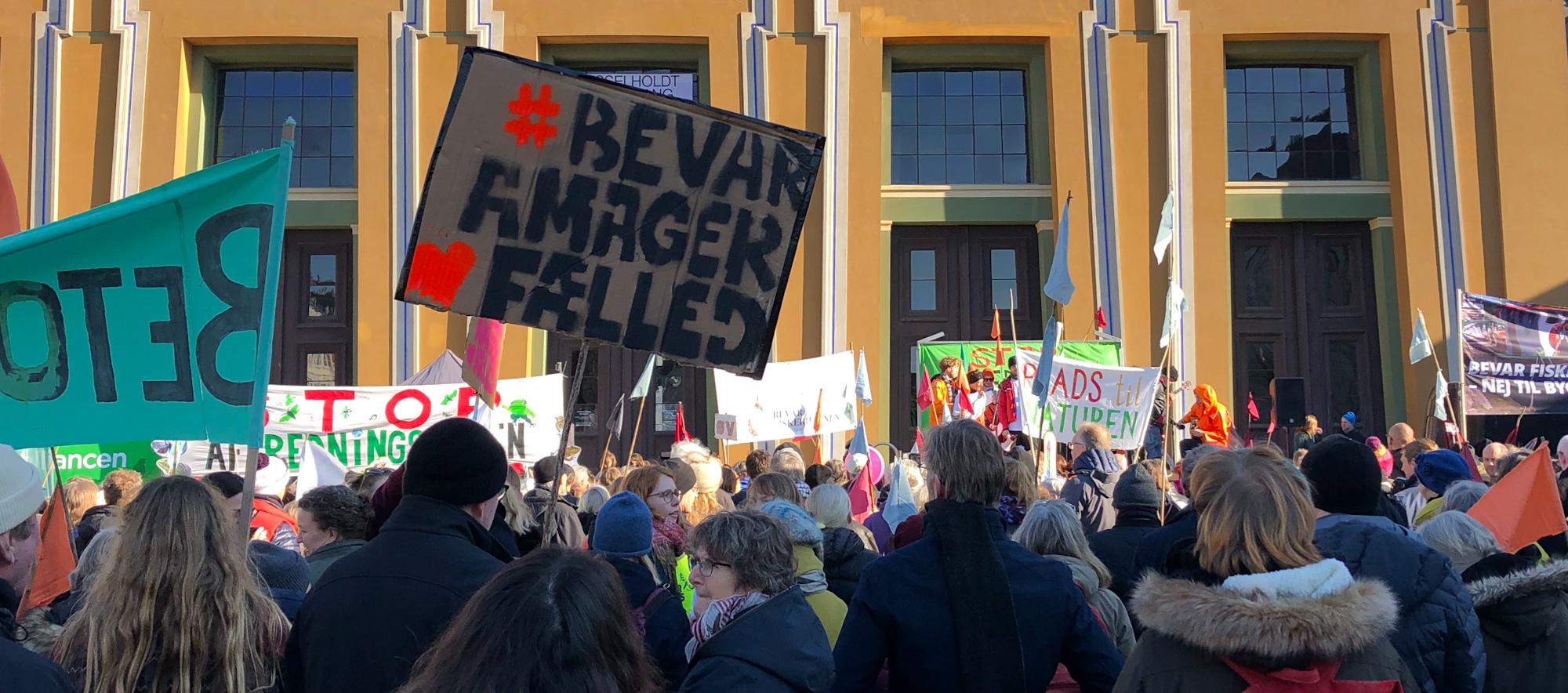 Københavnere protesterer mod angreb på fredninger